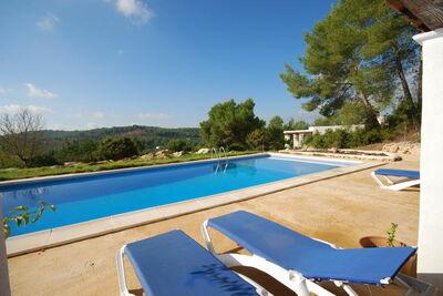 Maison de vacances avec piscine à Sant Mateu d'Albarca