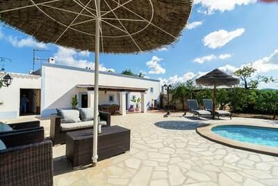 Villa paisible avec piscine privée à Ibiza