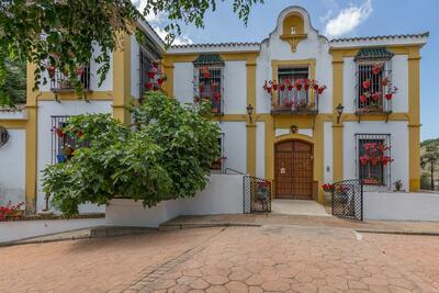 Villa moderne avec piscine privée à Priego de Córdoba