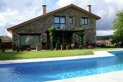 Maison de vacances confortable à Costoia avec piscine privée