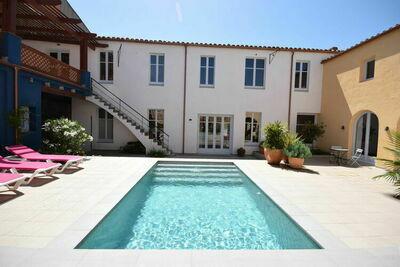 Maison de vacances douillette en Catalogne avec piscine