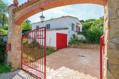 Maison de vacances tranquille avec piscine à Llagostera