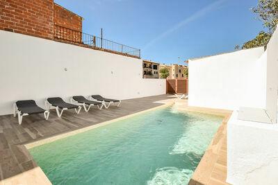 Maison de vacances moderne avec piscine en Catalogne