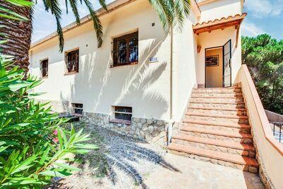 Maison de vacances confortable avec piscine à Playa de Pals