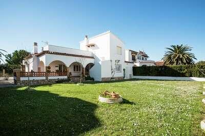 Maison de vacances avec jardin près de la plage en Catalogne
