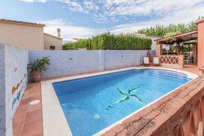 Maison de vacances cosy avec piscine à St Pere Pescador