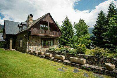 Charmante maison de vacances proche station de ski à Vielha