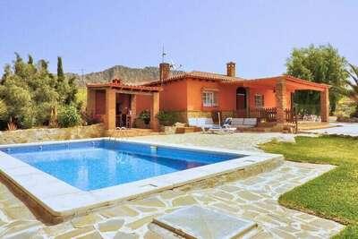 Gîte pittoresque avec piscine en Andalousie