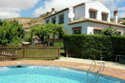 Gîte confortable à Antequera avec piscine