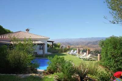 Villa de charme avec piscine à Mijas