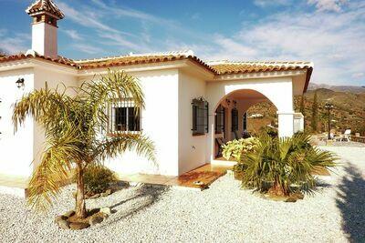 Maison de vacances individuelle avec piscine privée, intimité et vue imprenable