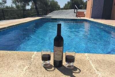 Superbe chalet avec piscine privée à Árchez