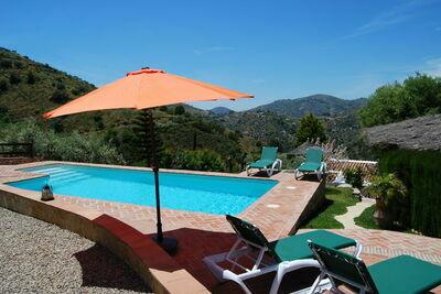 Villa de charme avec piscine à Frigiliana en Andalousie