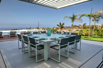 Villa paisible à Adeje en Espagne avec piscine
