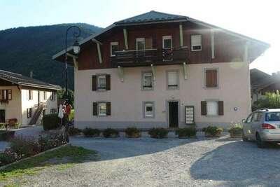 Maison à Servoz avec terrasse donnant sur la campagne