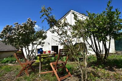 Maison de vacances confortable en Bourgogne avec jardin