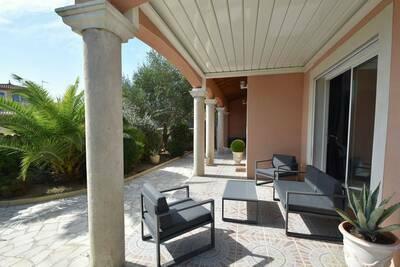 Maison de vacances luxueuse avec piscine privée à Port Camargue