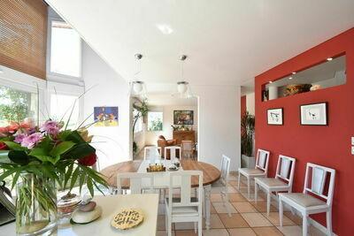 Villa idyllique à Leynes avec piscine