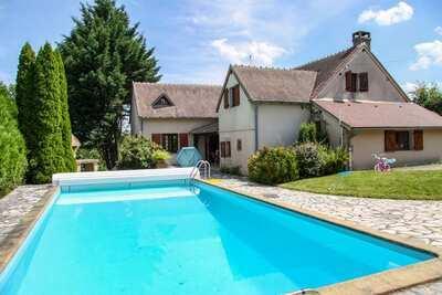 Charmante maison familiale avec piscine privée