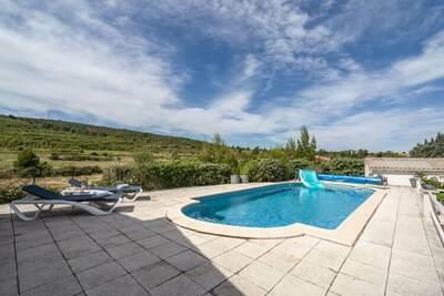Villa de luxe avec piscine privée à Pouzols-Minervois
