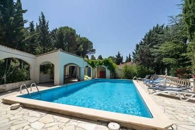 Villa avec piscine privée à Pouzols-Minervois