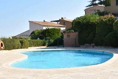 Maison de vacances moderne avec piscine à Théoule-sur-Mer