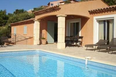 Villa Les Provençales 6p, Location Villa à La Londe Les Maures - Photo 3 / 36