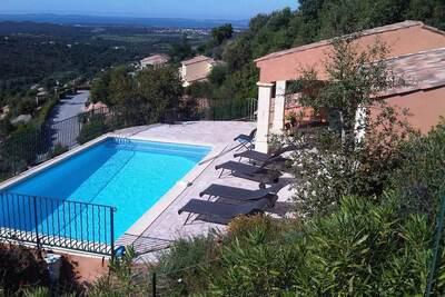 Villa Les Provençales 6p, Location Villa à La Londe Les Maures - Photo 10 / 36