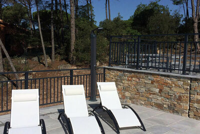Villa moderne avec piscine privée à Vidauban France