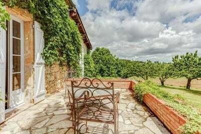 Maison de vacances moderne avec piscine