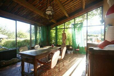 Belle maison de charme à Moustiers-Sainte-Marie avec piscine privée et au calme