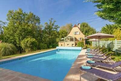 Belle villa à Masclat France avec piscine privée