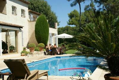 Superbe villa avec piscine privée à Saint Paul de Vence