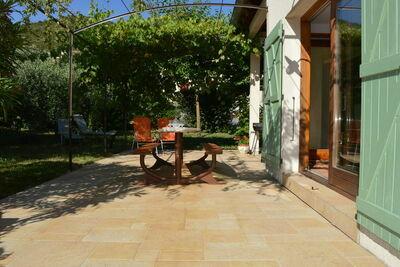 Maison de vacances spacieuse avec piscine aux Vans