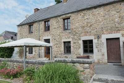 Maison de vacances de charme terrasse à Vireux-Wallerand