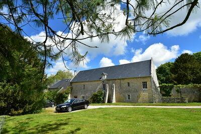 Maison de vacances cosy à Lantheuil avec jardin