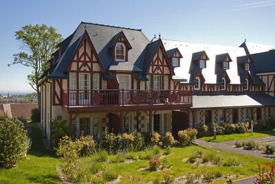 Maison de vacances de style normand avec vue panoramique