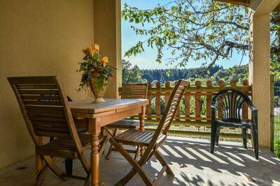 Maison de vacances à Calvinet près de la forêt