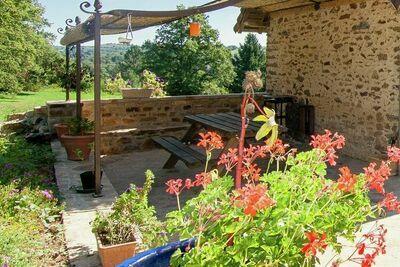Chalet de province dans le Limousin avec terrasse privée