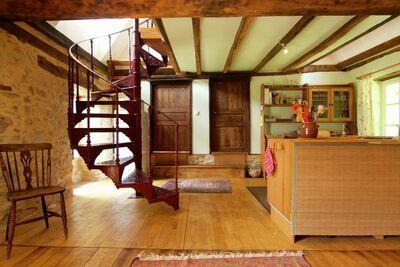 Cottage pittoresque à Juillac avec jardin privé