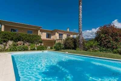 Villa moderne avec piscine privée à Sant'Andréa-d'Orcino