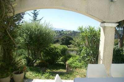 Villa spacieuse à Alata avec jardin privé et vue panoramique