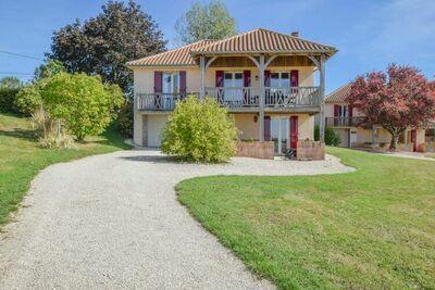 Maison de vacances près de Saint-Médard-d'Excideuil