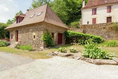 Maison de vacances près rivière avec piscine (12x6) Saint-Médard-d'Excideuil