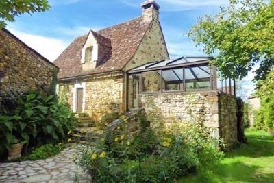 Maison de vacances pittoresque à Grives avec piscine