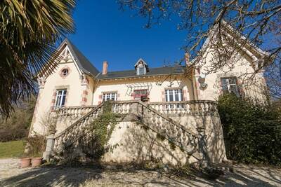 Belle demeure avec piscine privée en Aquitaine