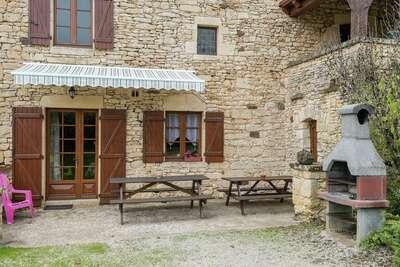 Magnifique maison de vacances à Prats-du-Périgord, piscine