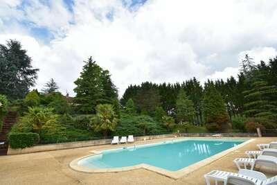 Fabuleuse maison de vacances à Prats-du-Périgord, piscine