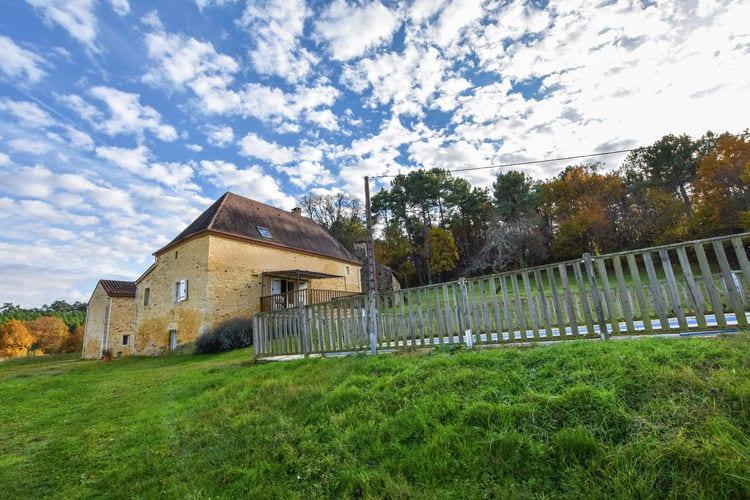 Maison Théophile, Location Maison à Loubejac - Photo 0 / 34