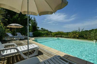 Maison au calme avec piscine, Location Maison à Loubéjac - Photo 1 / 32